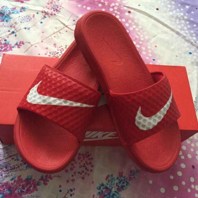 Sale, Sale, Sale Freeshipping ,Nike Benassi Solar Soft For Women