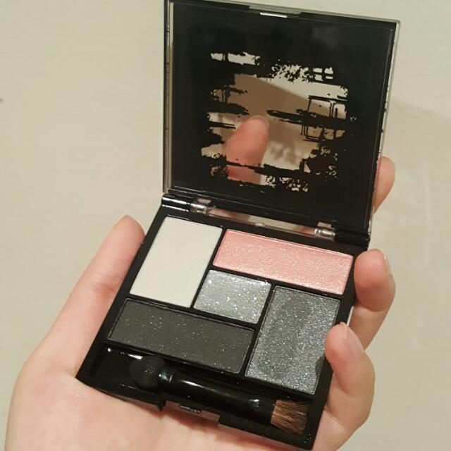 One Direction Eye Shadow Palette
