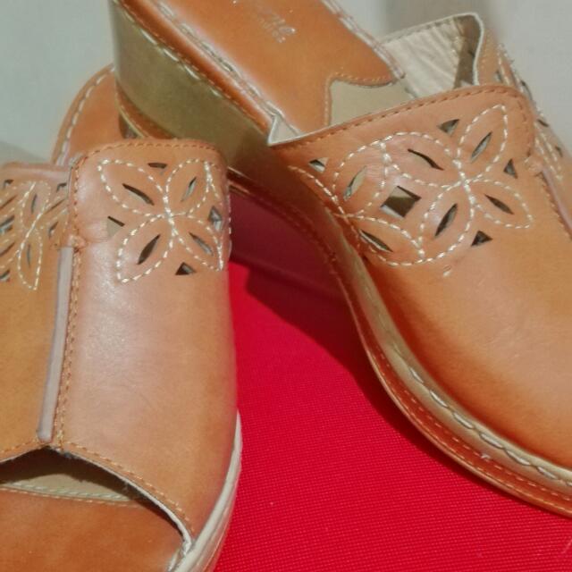 Original Mendrez Comfort Zone Sandals