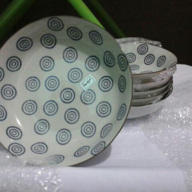 Piring Mangkok Keramik Motif Putaran