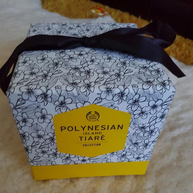 Polinesian Island Tiare Collection