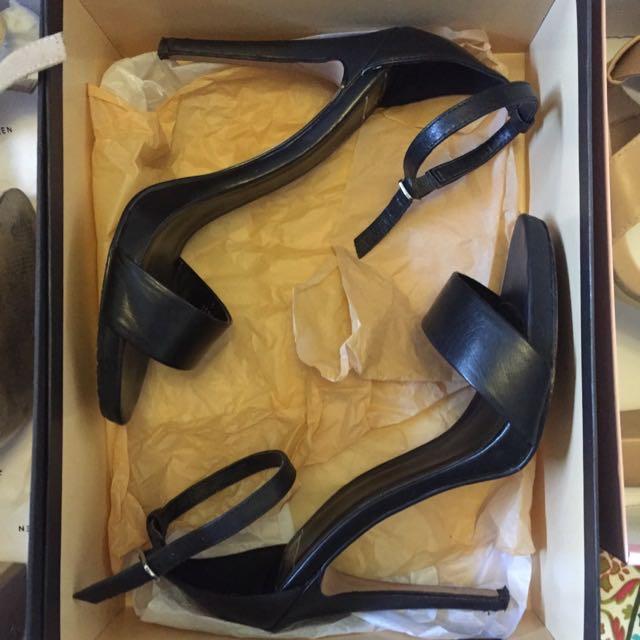 RMK Black Platform Strap Heel Sandal