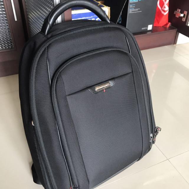 Samsonite Pro DLX 4 Backpack