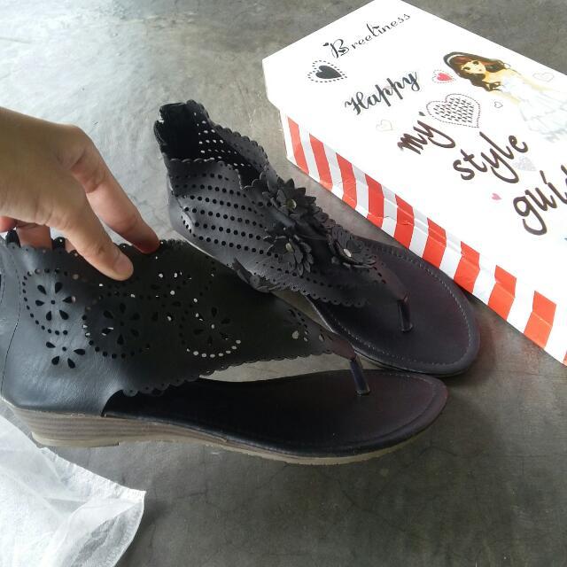 Sandal Size 38