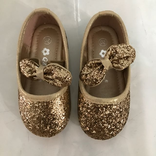 Sepatu Gliter Fashion
