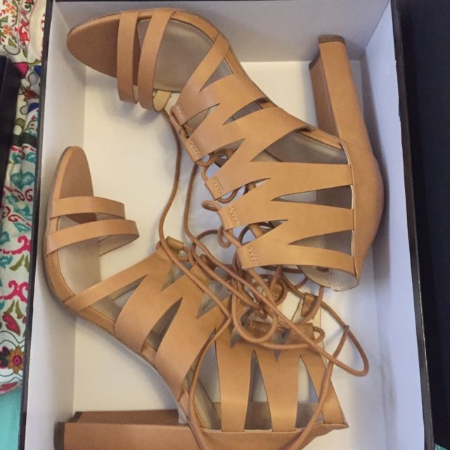 Size 9 / 40 tan Lace Up Heel Boot Sandal