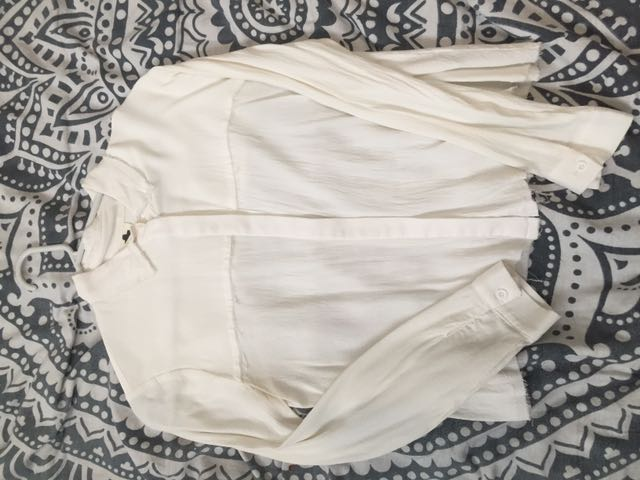 Subtitled White Crop Button Up