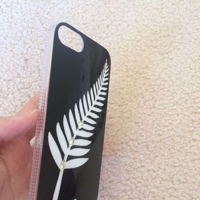 White Diamonds Feather iPhone 5/5s/SE Case