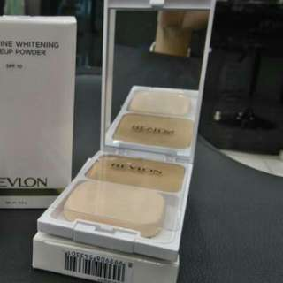 Microfine Whitening Two Way Foundation