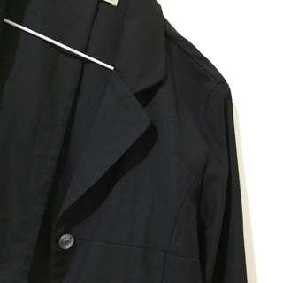 🚚 黑色薄款西裝外套