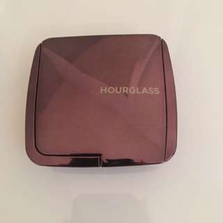 Hourglass Ambient Lighting Powder Shade Luminous Light