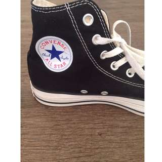 Converse High Top's in size 8