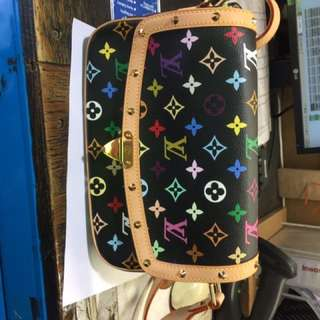 Louis Vuitton Package