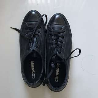 Leather Converse Size 6