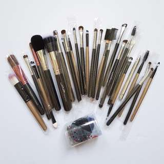 CHEAP MAKEUP BRUSHES HAUL [BUY >10 AND GET 10% DISCOUNT] (not inclusive of mailing fee)