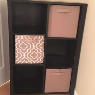 Shelf With Pull Out Cubes