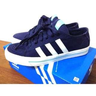 🚚 Adidas鞋
