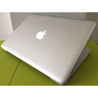 Macbook Pro Core 2 Duo 2.4GHz 4GB Ram 500GB Hdd Laptop