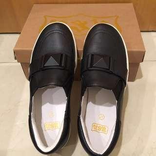 Ash黑色厚底懶人鞋