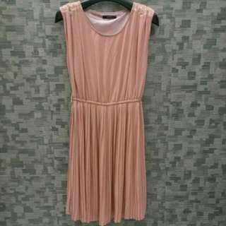 Icons Sweet Nude Dress