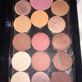 ZPALETTE WITH SHADOWS