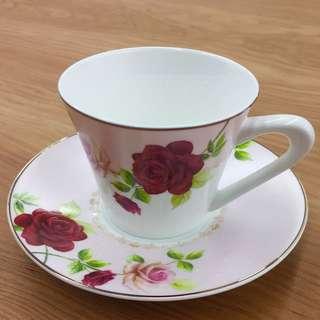 🚚 🌹台製 優雅玫瑰茶杯盤組