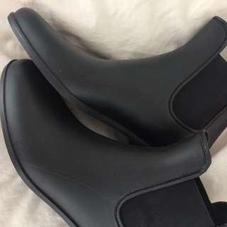 New J.Crew Matte Boots Size 10