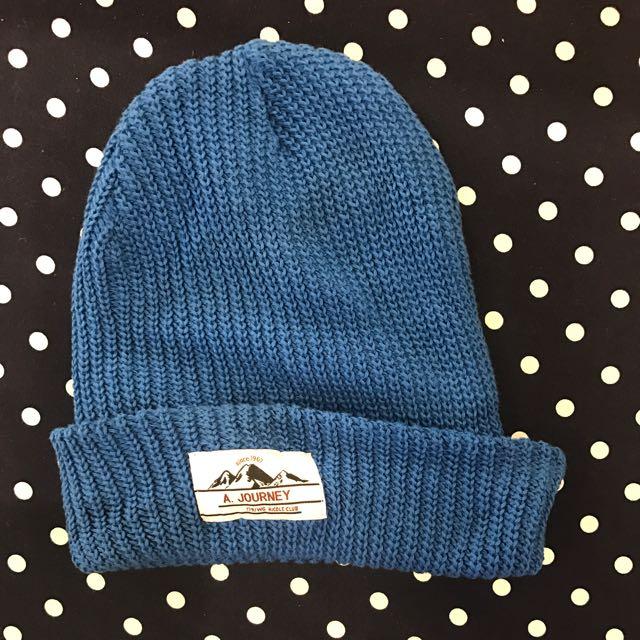 專櫃藍色針織帽