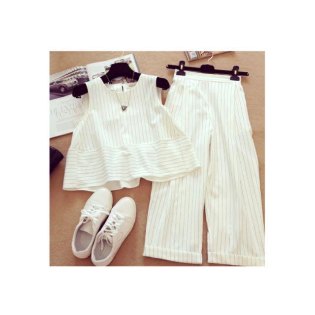 條紋白色套裝