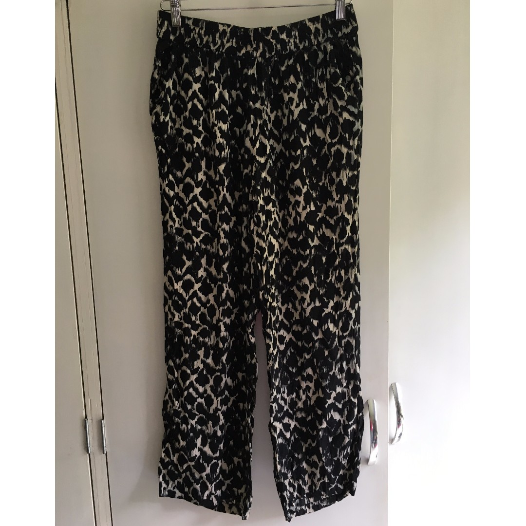Animal Print Black & Light Grey Seed Pants Size 12 100% Viscose Great Condition
