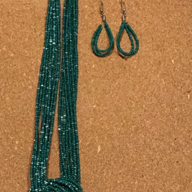 Anting + Kalung Beads Hijau Teal