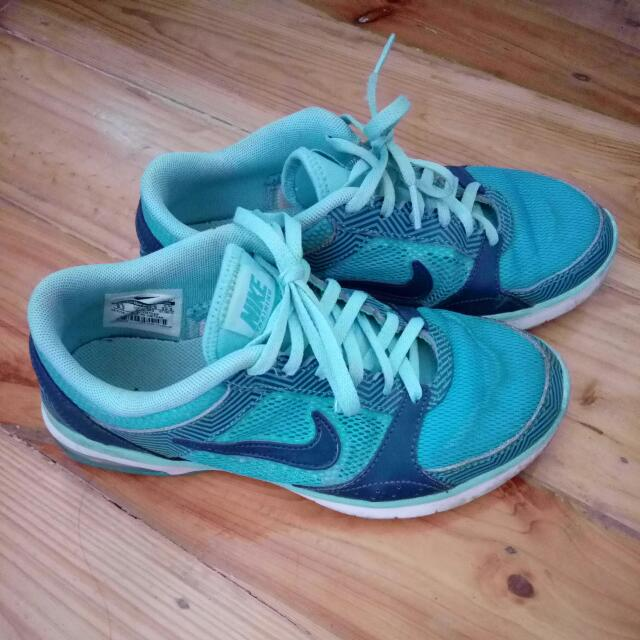 Authentic Air Max Fit (Teal Color - 6.5 Womens)