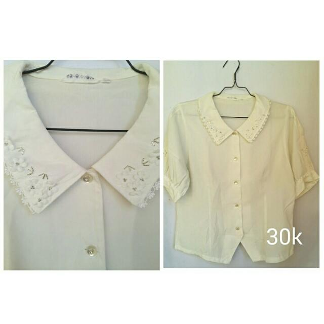 Blouse Cream Vintage