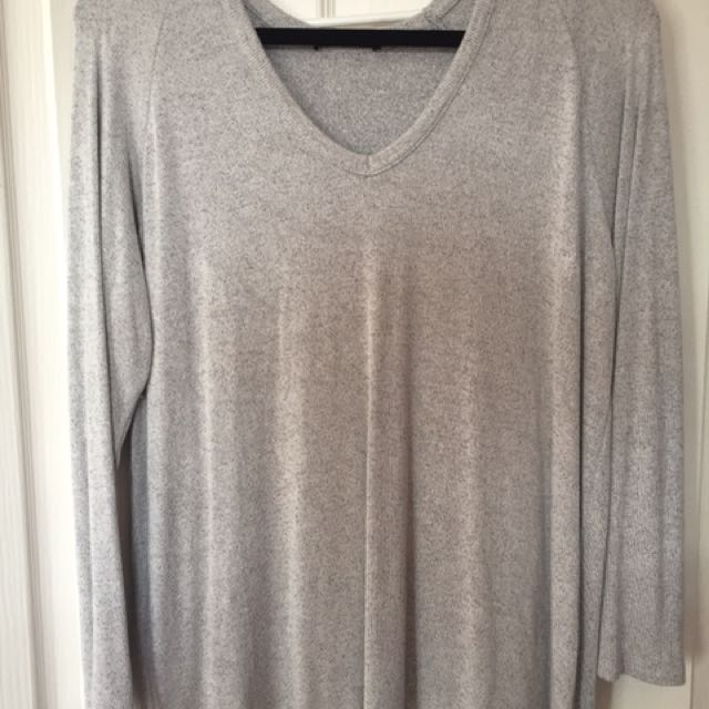 Brandy Melville Sweater Shirt