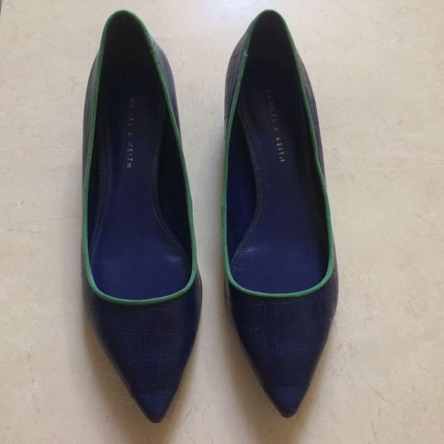 Charles & Keith Blue Green Pointed Flat