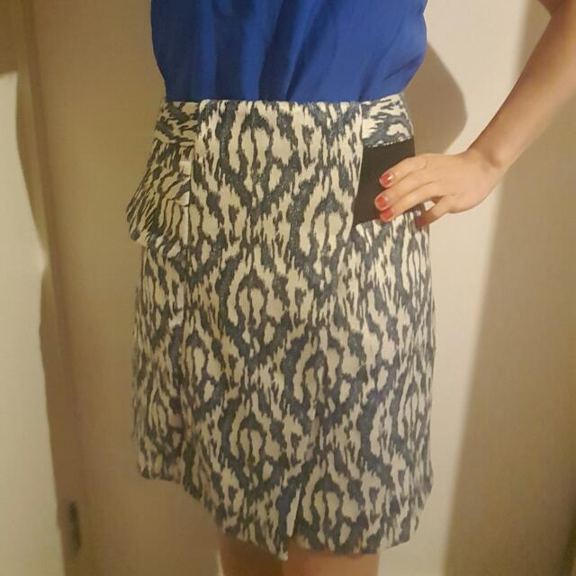 Cue Tribal Skirt - Size 6