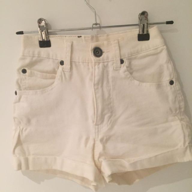 DrDemin White Shorts