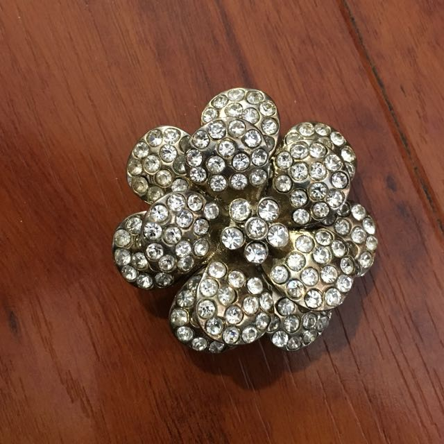 Forever 21 Oversized Flower Ring