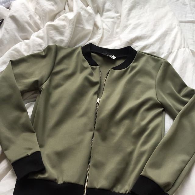 Green Cloth Bomber