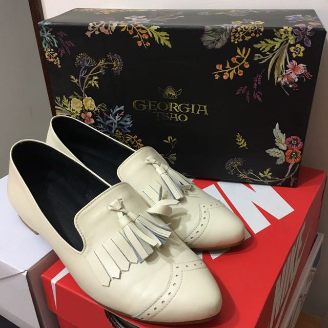 GT全真皮米白色尖頭流蘇樂福鞋Georgiatsao24
