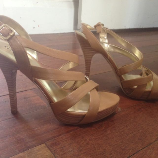 GUESS Tan leather Stiletto Heels Size 9