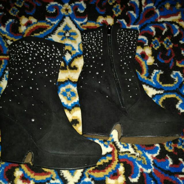 Julianna Boots