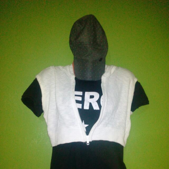 Knitted White Hoodie Vest