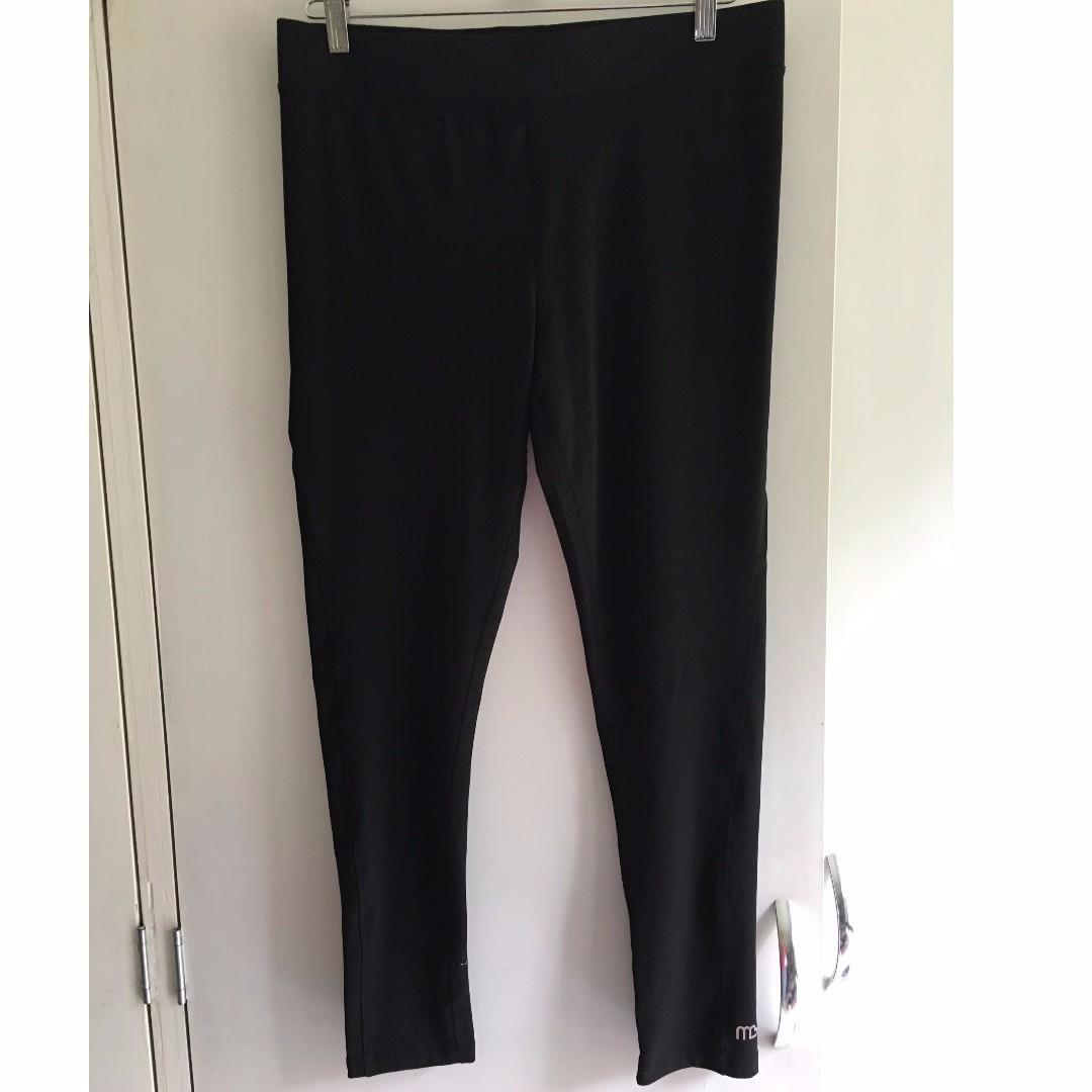 MB Michelle Bridges Active Wear 7/8 length Black Leggings Size 16