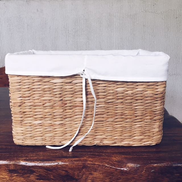 Native Clothing Basket (1)