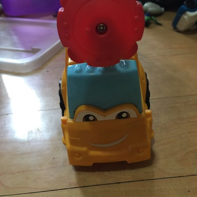 Play-doh Diggin' Rigs Buster the Power Crane