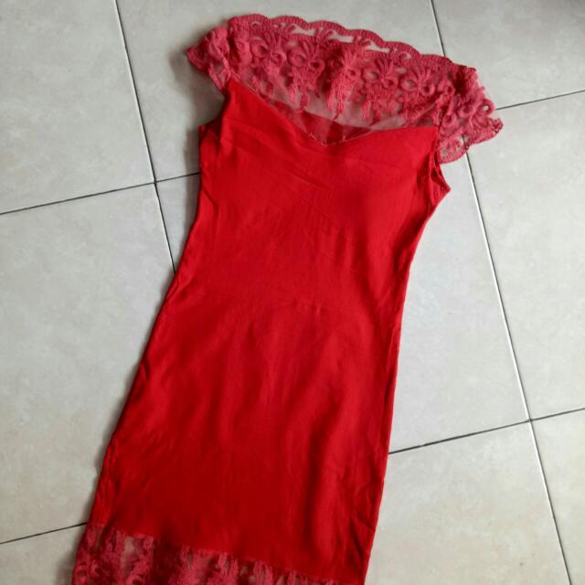 Preloved Sabrina Red Dress