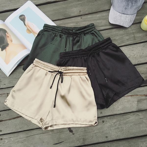 R128  春裝新款個性百搭純色亮絲綁帶鬆緊腰短褲