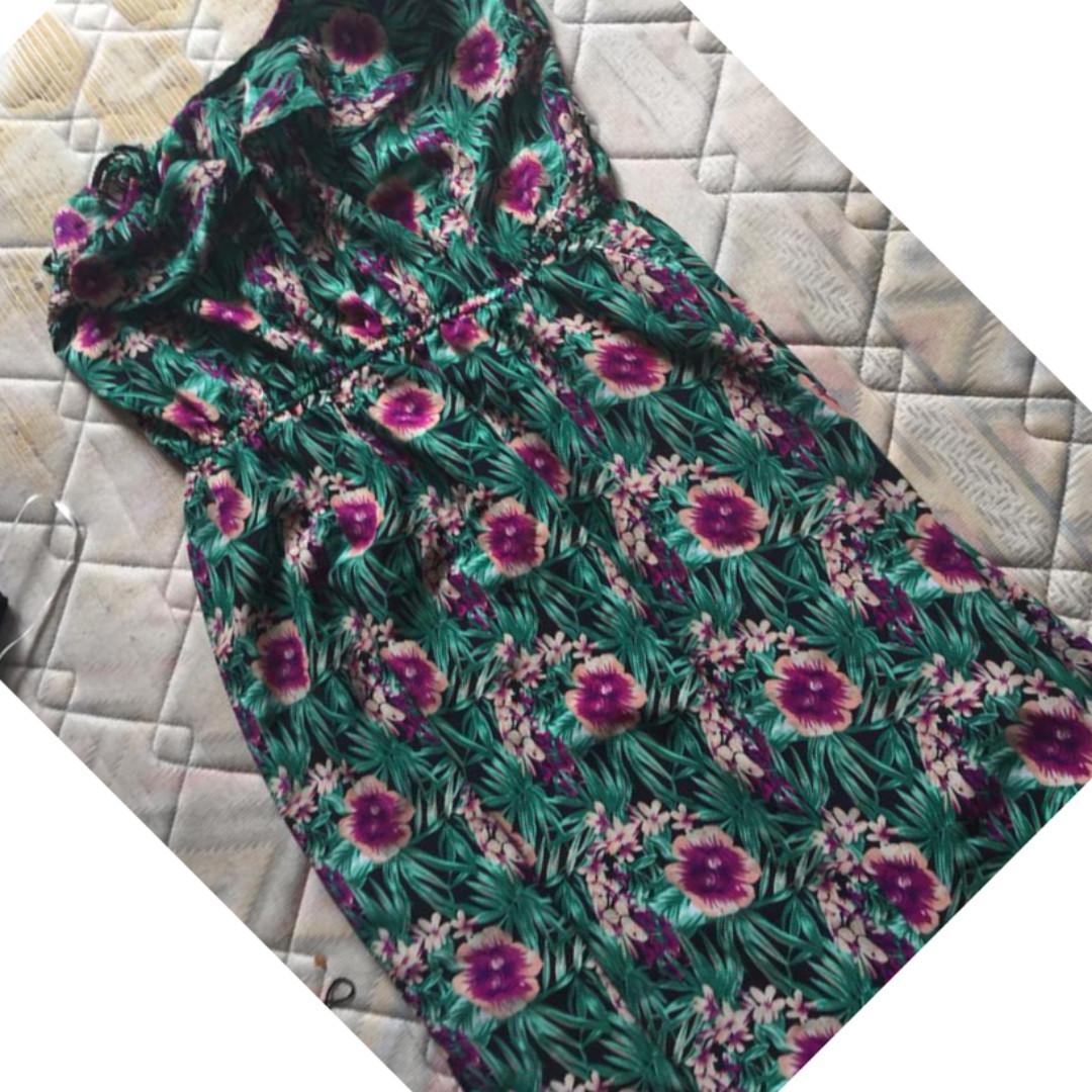 reen flower dress