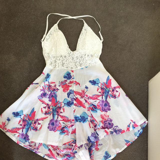 Size S Cute Lace Floral Playsuit, Criss Cross Back